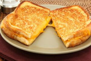 Tavada Tost: Grilled Cheese