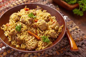 Ana Yemek Gücünde: Özbek Pilavı