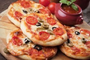 Küçük Sürprizler: Mini Pizza