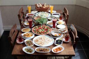 Hafta Sonu Hiç Bitmesin İsteyeceğiniz Cihangir'in En Keyifli 7 Kahvaltı Mekanı
