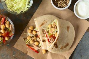Standartların Dışında: Nohut ve Ton Balıklı Pita Sandviç