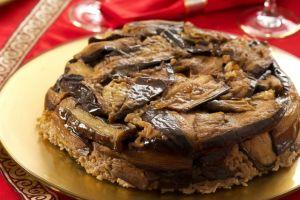 Sunumu Can Yakar: Patlıcanlı Pilav