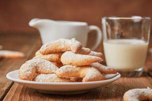 vanilyali-ay-kurabiye