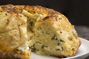 10 Dakikaya Fırında: Kek Kalıbında Kolay Su Böreği