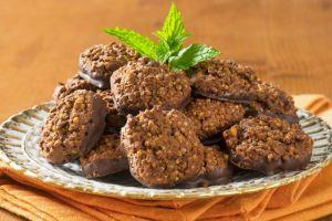 cikolatali-kinoali-kurabiye-one-cikan-yeni