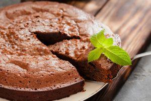 Fırınsız da İçi Yumuşacık Olur: Tavada Sünger Kek
