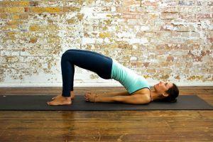 Hemen Herkesin Evde Kolayca Yapabileceği Temel Yoga Hareketleri
