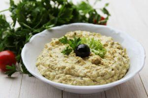 Nefis Lezzetiyle: Labneli Köz Patlıcan Salatası
