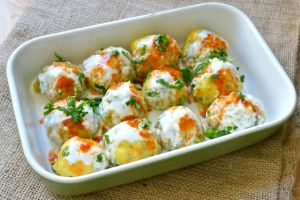 patatesli-havuclu-yogurtlama-tarifi