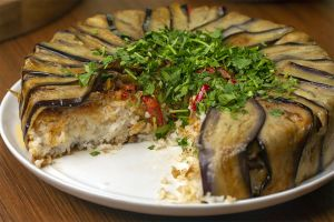 Akşama Misafir Var: Patlıcanlı Perde Pilavı