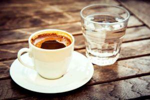 turk-kahvesi-su