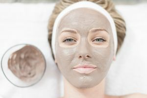 http://stylecaster.com/beauty/how-different-types-of-clay-benefit-your-skin/ | stylecaster