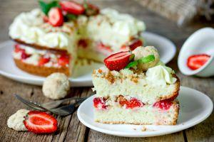 Keki Kurumayan, Çok Ekonomik: Kolay Yaş Pasta