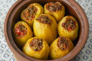 kiymali-patates-dolmasi-yemekcom1