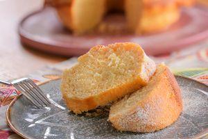 Kısa Sürede Hazırlanan En Pofuduk Tarif: Kolay Kek