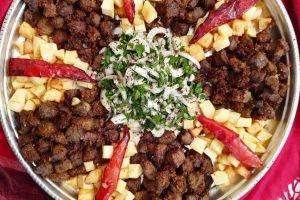 Salatası Yanında: Arnavut Ciğeri