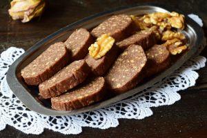 Sadece 5 Malzemeli: Cevizli Çikolata Dilimleri