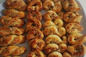 Farklı Farklı Şekilleriyle: Tuzlu Pastane Kurabiyesi