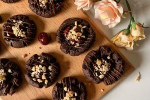 Muhteşem Lezzet Uyumu: Vişneli Çikolatalı Kurabiye