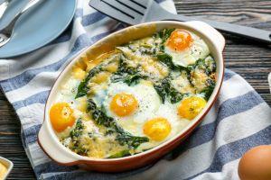 Ekmekler Hazırlansın: Fırında Yumurtalı Ispanak