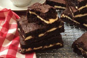 Kahvenin Yanına: Beyaz Çikolatalı Brownie