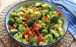 Seveni Çok: Brokoli Salatası
