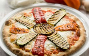 Hafiflik Çarkı: Izgara Sebzeli Pizza