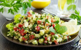 Hafifim, Hafifsin, Hafif: Bulgurlu Yaz Salatası