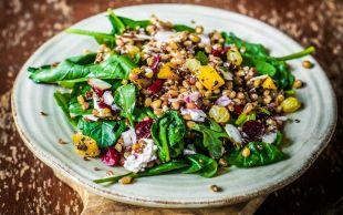 Yeşil Yeşil: Mercimekli Ispanak Salatası