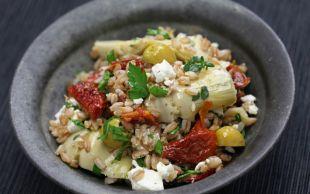 Lezzet ve Sağlık Fışkırıyor: Enginar Kalbi Salatası
