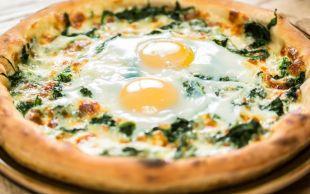 Kahvaltıda Şenlik Var: Yumurtalı Otlu Pide