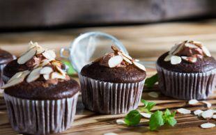 Başka Ne İstenir: Bademli Çikolatalı Cupcake