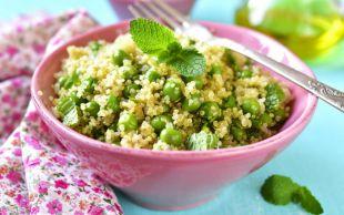 Görsel Şölen: Bezelyeli Kinoa Salatası