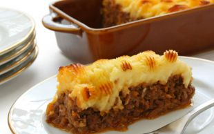 Lazanya da Dersin: Fırında Kıymalı Patates Püresi