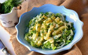 Yoğurtlu-Hardallı Sosla: Kerevizli Yeşil Salata