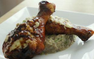 Közlenmiş Patlıcanlı: Soslu Tavuk But