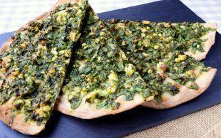 Mayasız Hamuruyla: Ispanaklı Peynirli Lahmacun