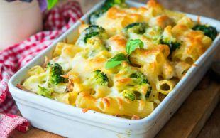 Brokoli Desteğiyle: Beşamelli Fırın Makarna