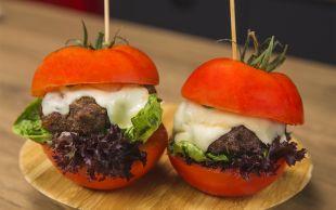Ekmeksiz: Domates Burger