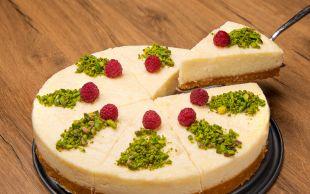 Cheesecake'e Alternatif: Bisküvi Tabanlı İrmik Pastası
