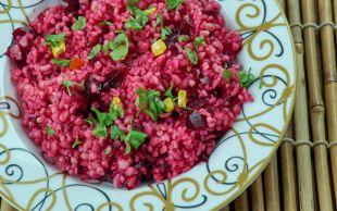 Ekşi Sevenlerin Favorisi: Şalgamlı Bulgur Salatası