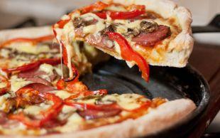 ''Daha Öncekiler Neydi?'' Dedirtir: Karışık Pizza Yapımı