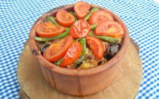 Akşam Yemeğini İple Çektirir: Etli Patlıcanlı Kebap