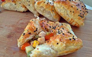 Böreğin En Pratik ve Lezzetli Hali: Tavuklu Milföy Böreği