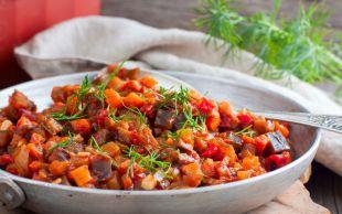 Zeytinyağlı Yemeklerin En Hafifi: Zeytinyağlı Patlıcan Yemeği