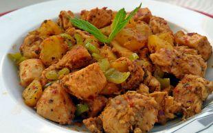 Çok Doyurucu: Patatesli Tavuk Sote