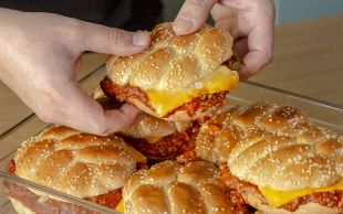 Ben Bunu Yerim: 3 Kişilik Kıymadan 8 Kişilik Burger