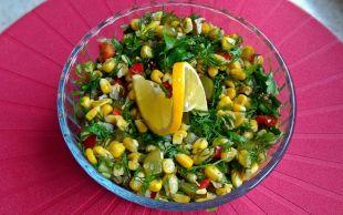 Sofralar Renklenecek: Dereotlu Cevizli Salata