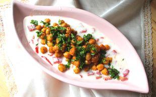 Başrolü Ona Verin: Yoğurtlu Nohut Salatası