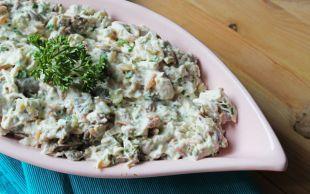 Ekmekler Hazırlansın: Tavuklu Köz Patlıcanlı Yoğurt Salatası